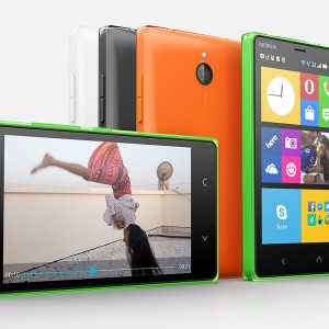 Nokia X2 Front and Horizontal View