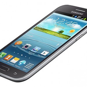 Samsung Galaxy Grand Quattro Overall View