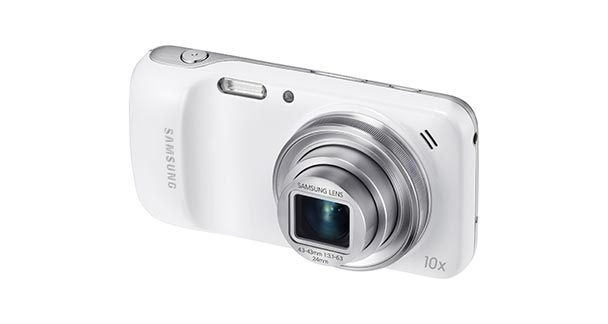 Samsung Galaxy S4 Zoom Overall View