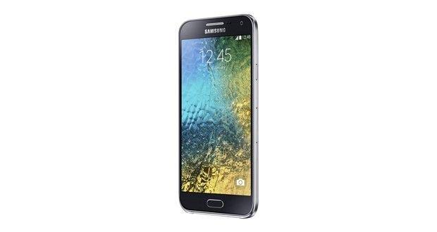 Samsung Galaxy E5 Overall View