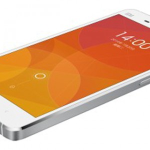 Xiaomi Mi4 Front-Side View