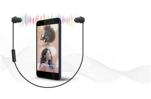 HTC U Play overall