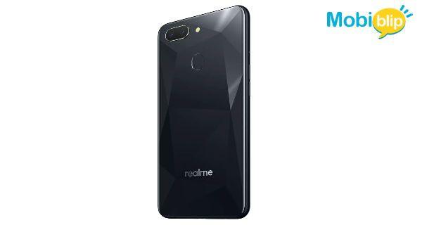 RealMe 2 All Black